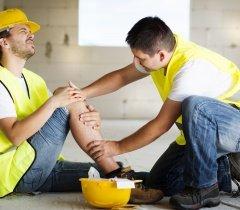 التعويض عن إصابات العمل وأمراض المهنة